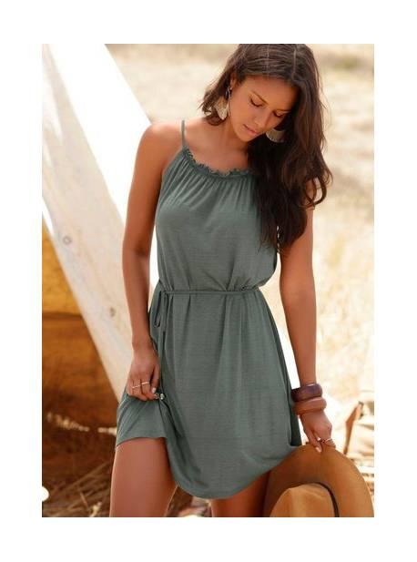 lascana, rochie verde, plaja