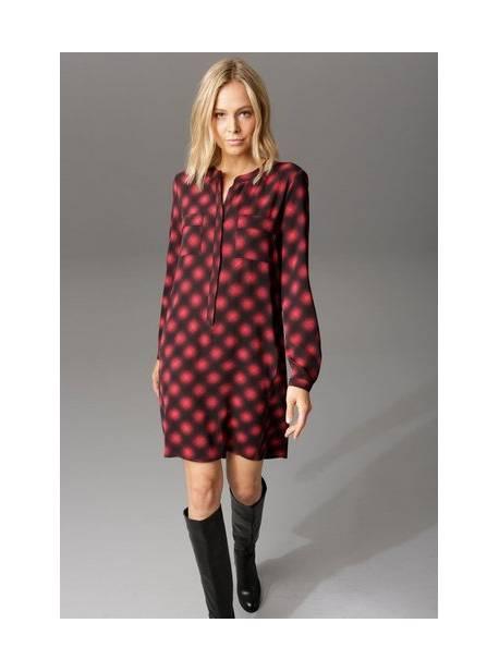 aniston, rochie camasa