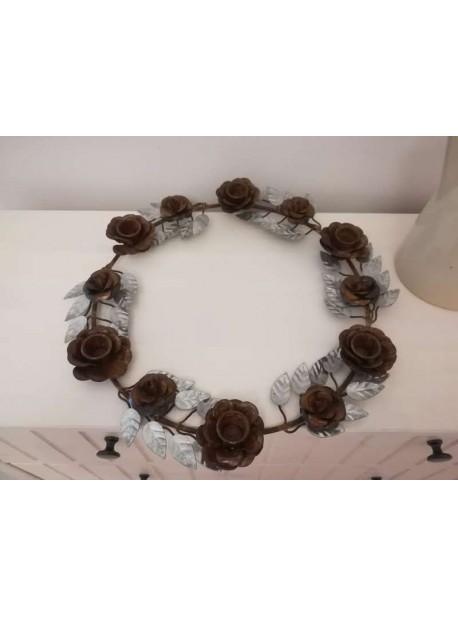 Coronita metalica cu trandafiri , suport sase lumanari